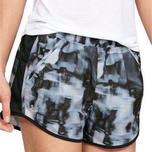 Under Armour Shorts -NWT-Womens XS-Heatgear